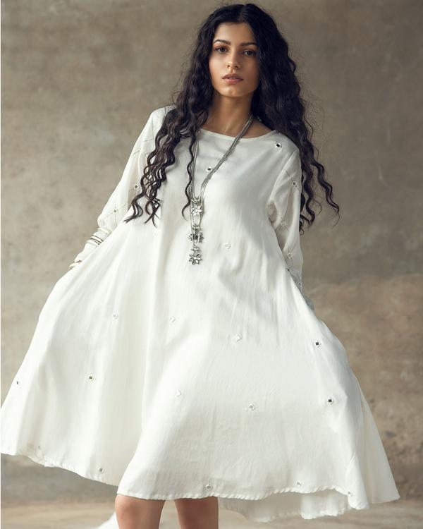 White swing dress 2