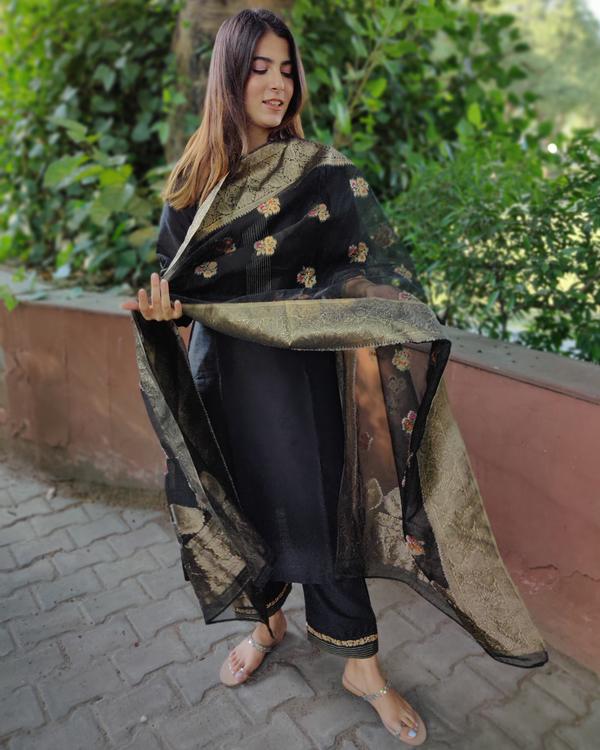 Black Cotton Silk Suit Set with Organza Dupatta - Set of Three 2