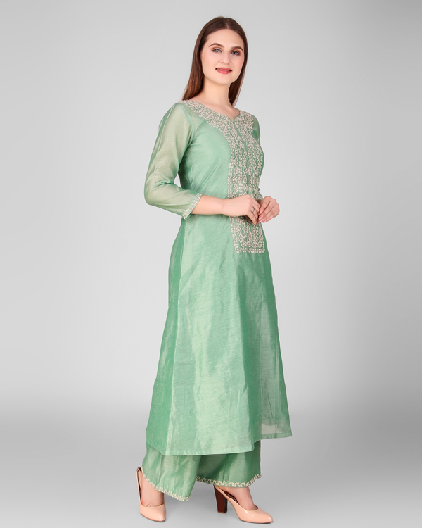 Green chanderi embroidered suit set - set of three 2