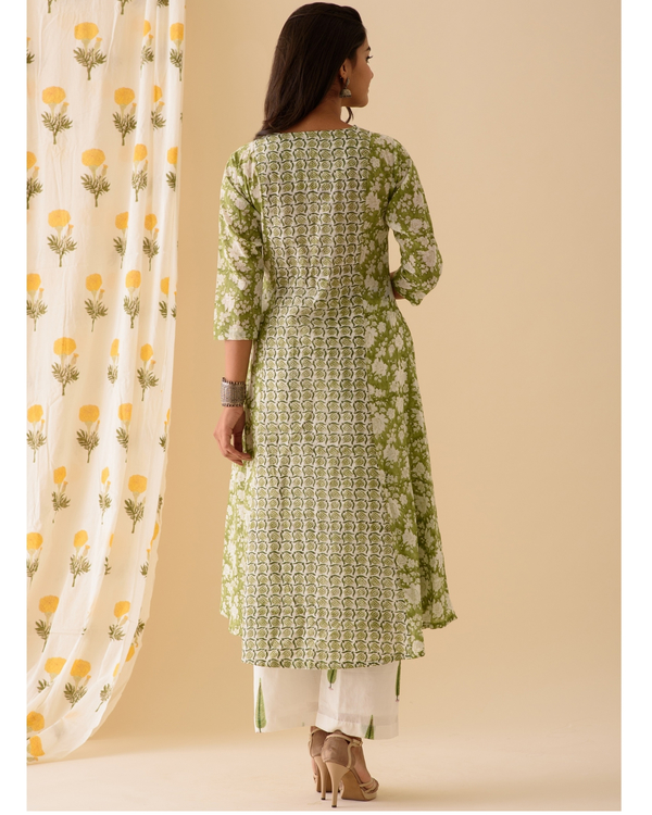 Green and white kurta and palazzo-set of two 3