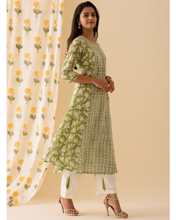 Green and white kurta and palazzo-set of two 2