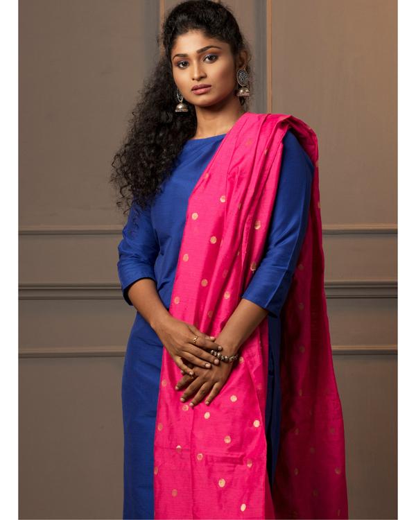 Royal blue kurta and pant with rani pink dupatta - set of three 2