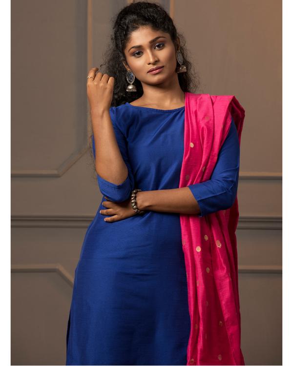 Royal blue kurta and pant with rani pink dupatta - set of three 1