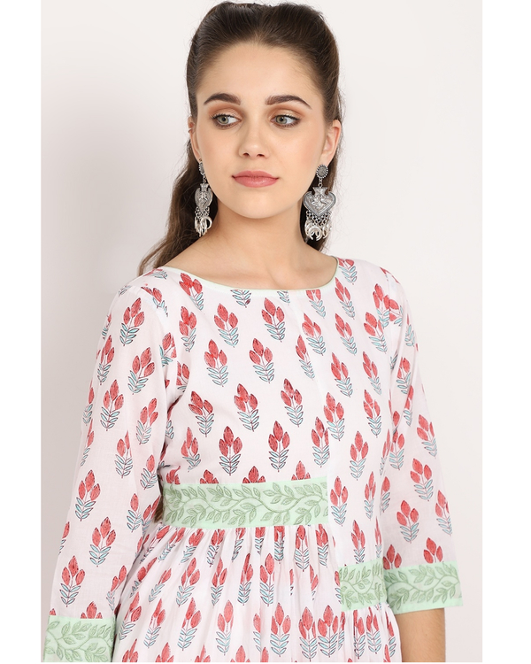 Ivory flower printed cape with mint panel embroidery 1