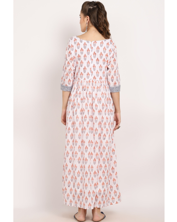 Ivory flower printed cape with grey panel embroidery 3