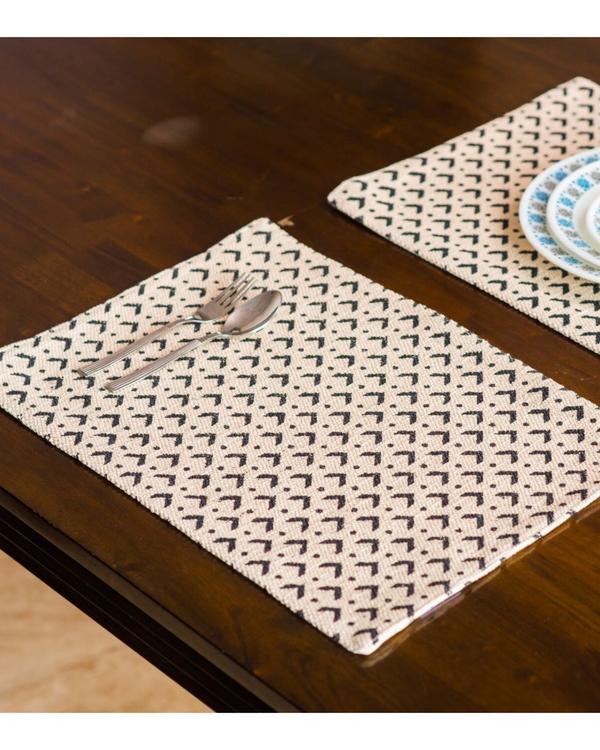 Denmark diamond table mats - set of six 1