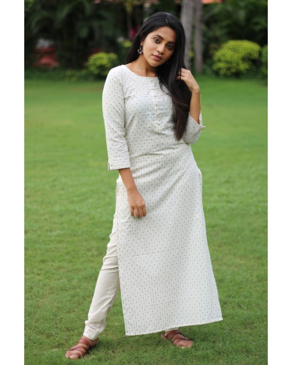 White dotted kurta with pant - set of two 1