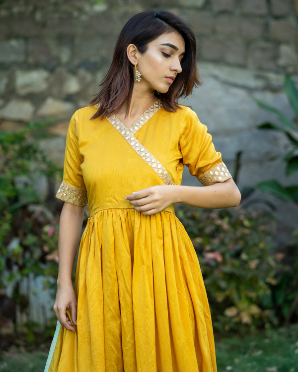 Ombre gathered dress with gota lace detailing and dupatta  - set of two 1