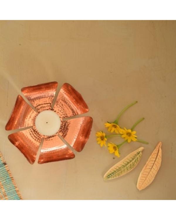 Petiole copper tea light holder 2