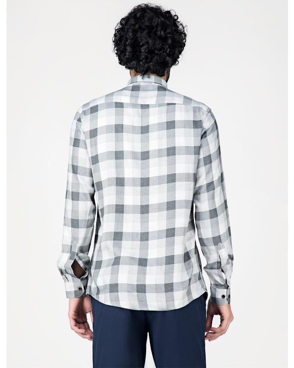 Grey and white gingham checkered shirt 3