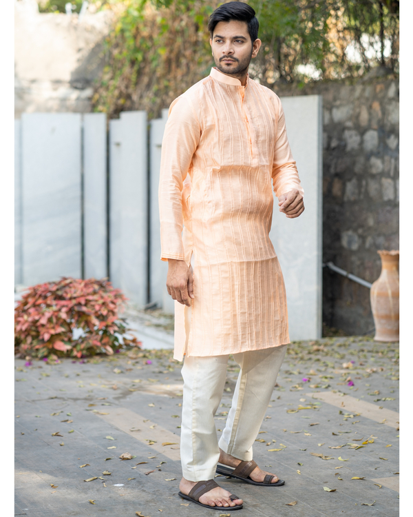 Peach chanderi pin tuck kurta and off white pyjama set- set of two 2