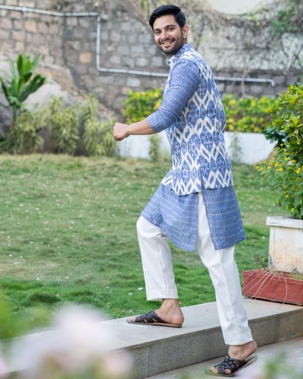 Cornflower blue kurta and pyjama with ikat printed jacket set- set of three 2