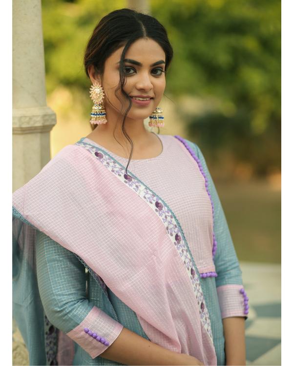 Frost blue and baby pink checkered chanderi kurta and gharara with dupatta- set of three 2