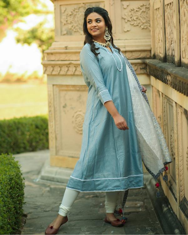 Frost blue checkered chanderi kurta and pants with dupatta- set of three 2
