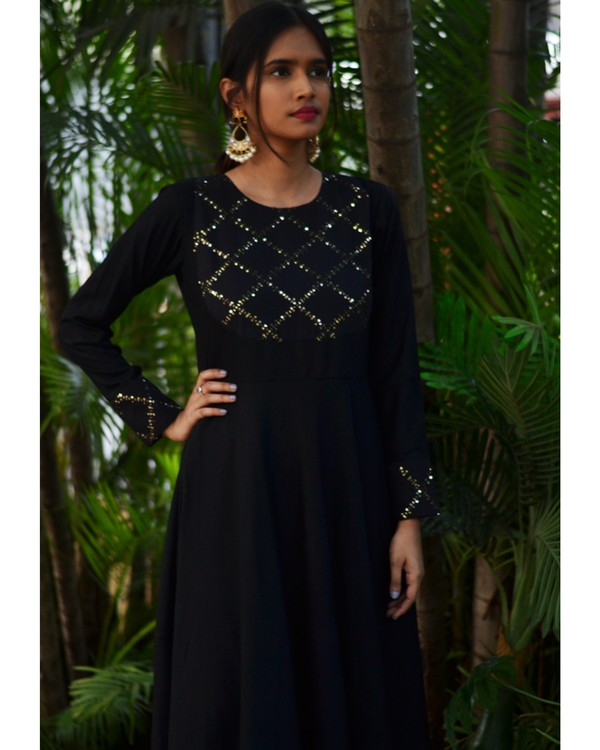 Black diamond cage sequined cocktail dress 1