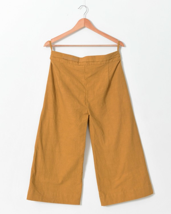 Pale mustard side open pants with buttons detailing 2