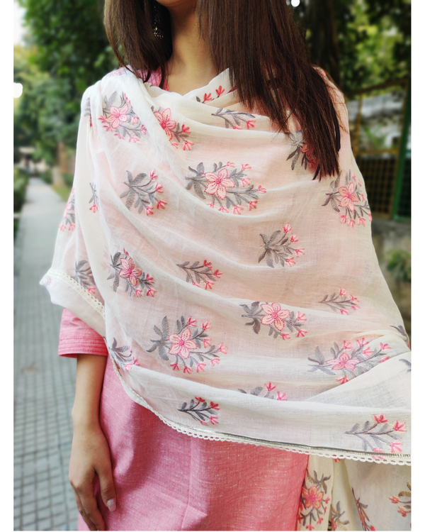 Peach and White Cotton Suit Set with Embroidered Dupatta - Set of Three 2