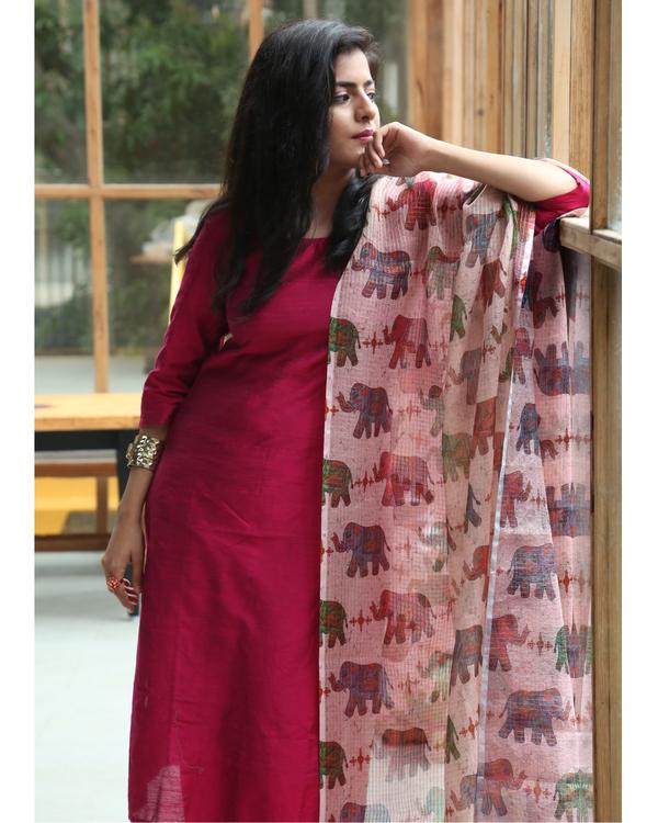 Cherry red kurta and pants with elephant printed dupatta - set of three 2