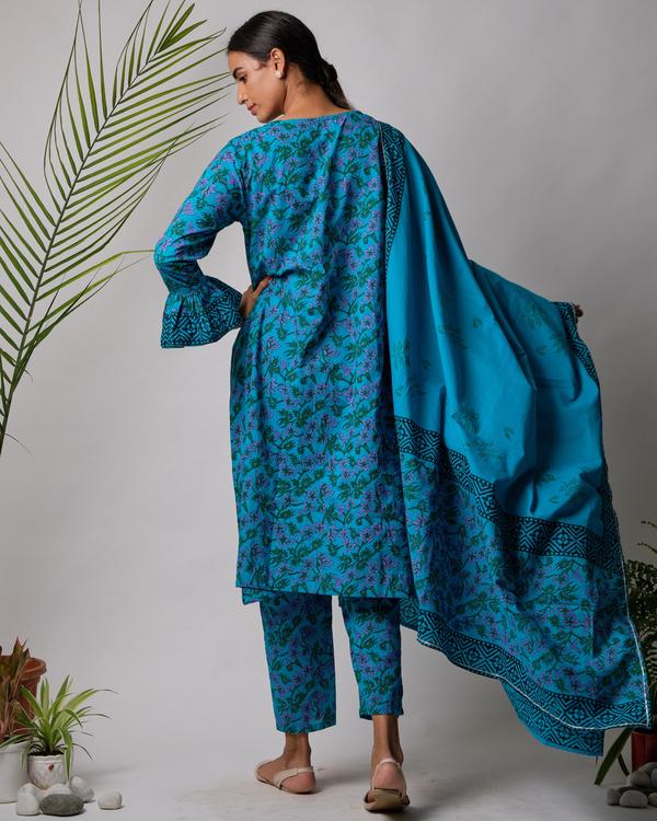 Cotton hand block printed blue dupatta 2