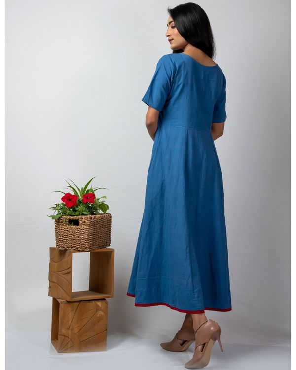 Blue floral applique buttoned kalidaar kurta 3