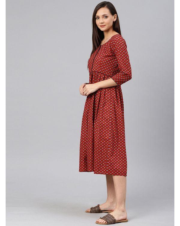 Maroon floral pleated dress 2