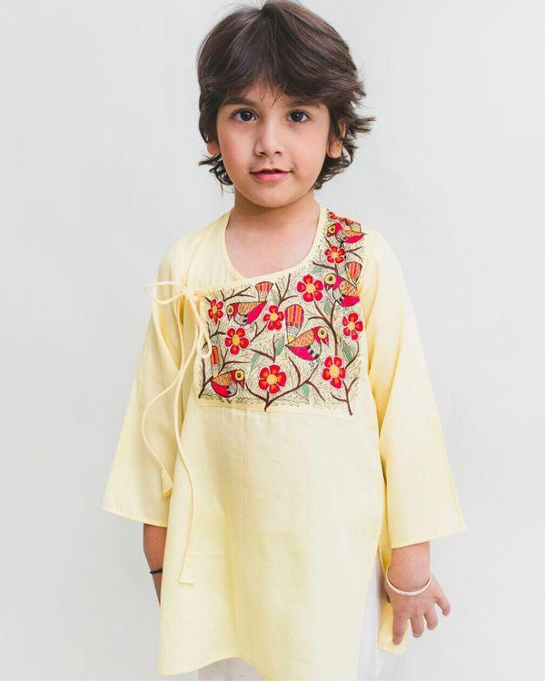 Light yellow madhubani hand painted kurta and Pyjama Set - Set Of Two 1
