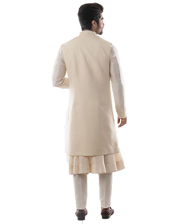 Off white zari embroidered bandi and anarkali kurta with pants set- Set Of Three 2