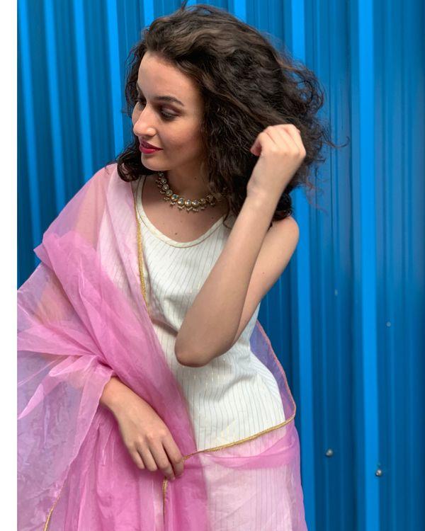 Ecru striped kurta and pants with baby pink dupatta- Set Of Three 1