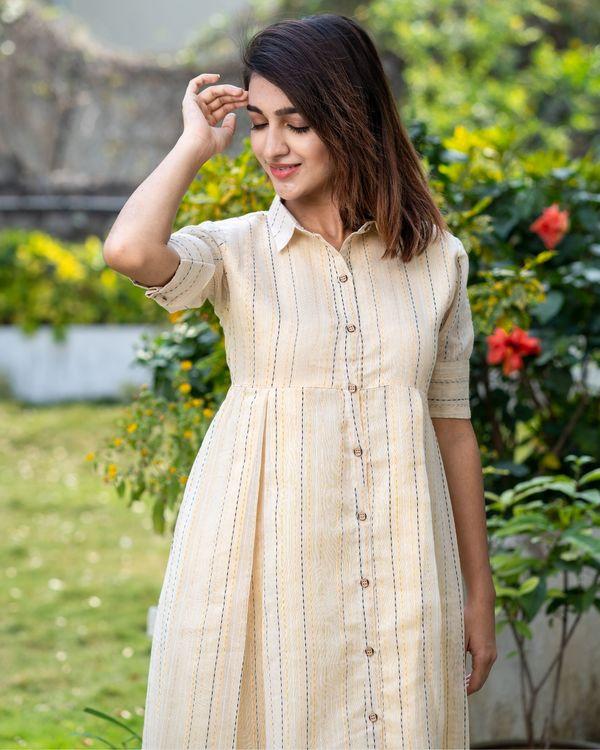 Light beige button dress with thread work 1