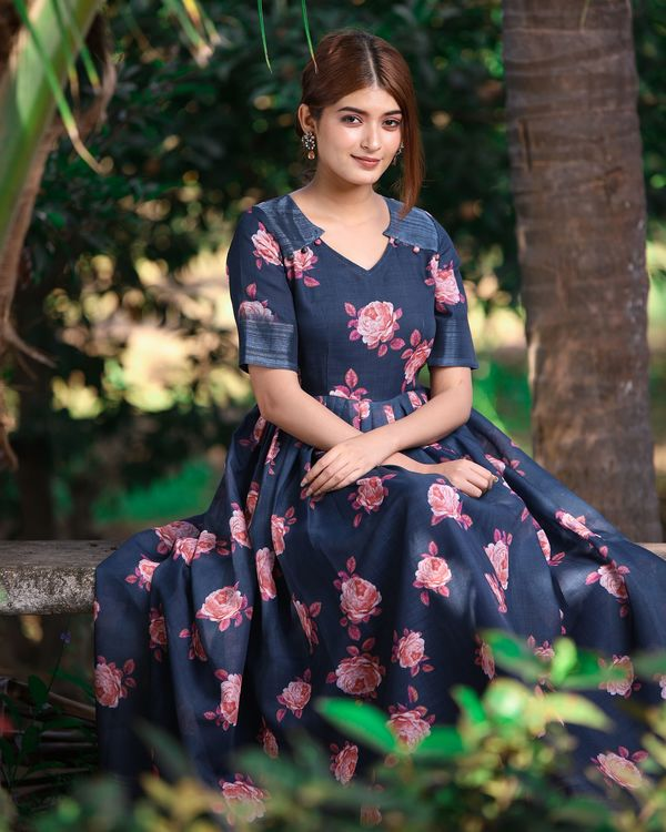 Dark blue and pink floral flared maxi dress 2
