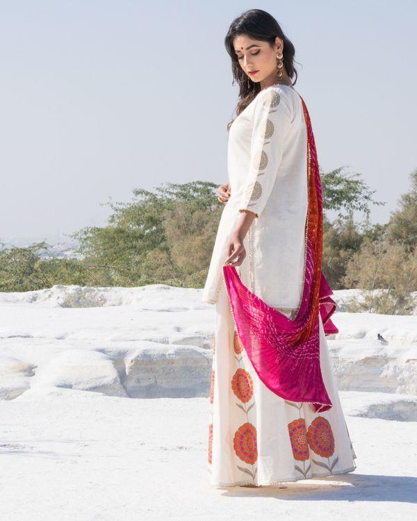 Off white floral gota kurta and sharara with bandhani dupatta- Set Of Three 2