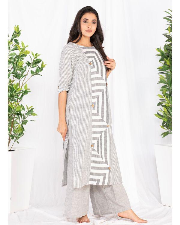 Grey and white striped kurta 2