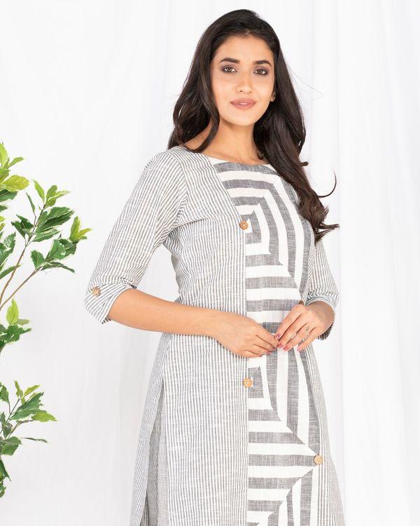 Grey and white striped kurta 1