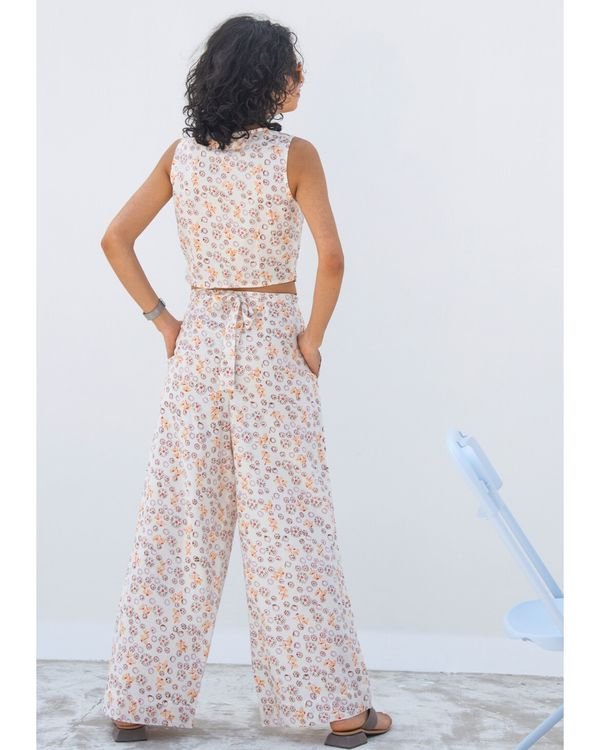 White floral wide pants 1