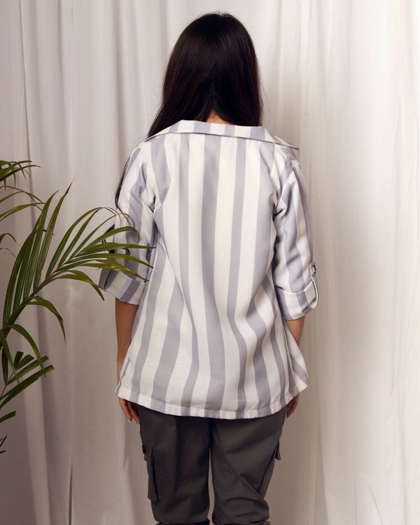 Grey and white striped flap sleeve jacket 2