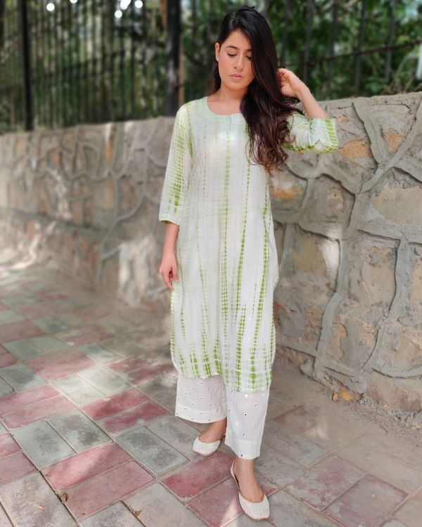 Green and off white tie and dye kurta and palazzo- Set Of Two 2