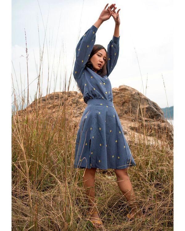 Blue floral motif slit skirt 1