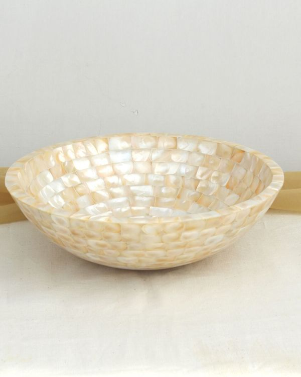 Mother of pearl bowl 1