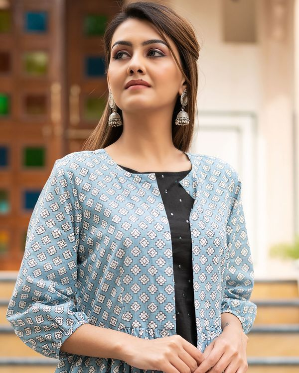 Light blue printed jacket with sequined kurta and pants- Set Of Three 1