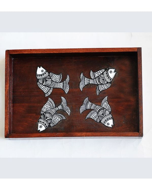 Hand painted madhubani fish tray 1