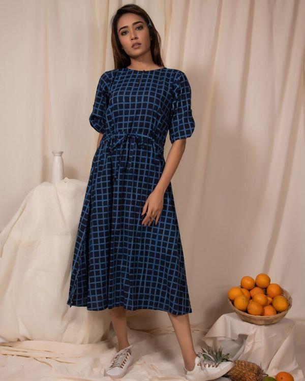 Indigo checkered tie-up dress 2