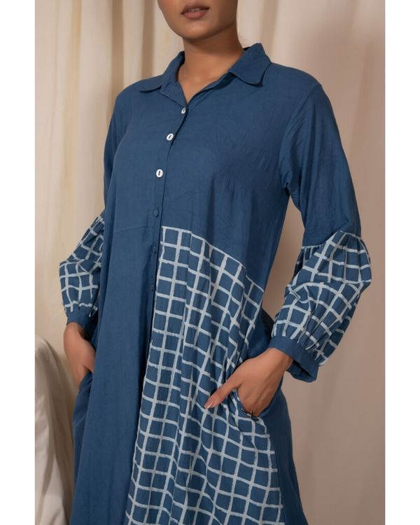 Blue checkered panel kurta and pants- Set Of Two 1