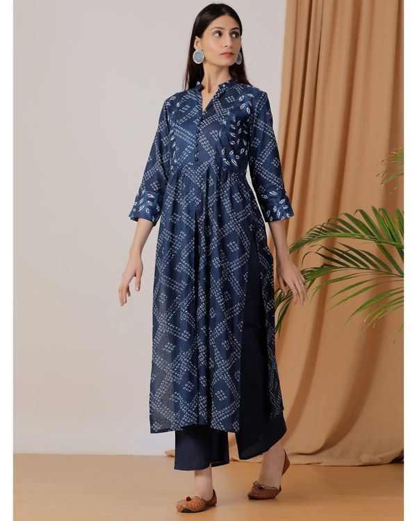 Indigo printed slit kurta and pants- Set Of Two 1
