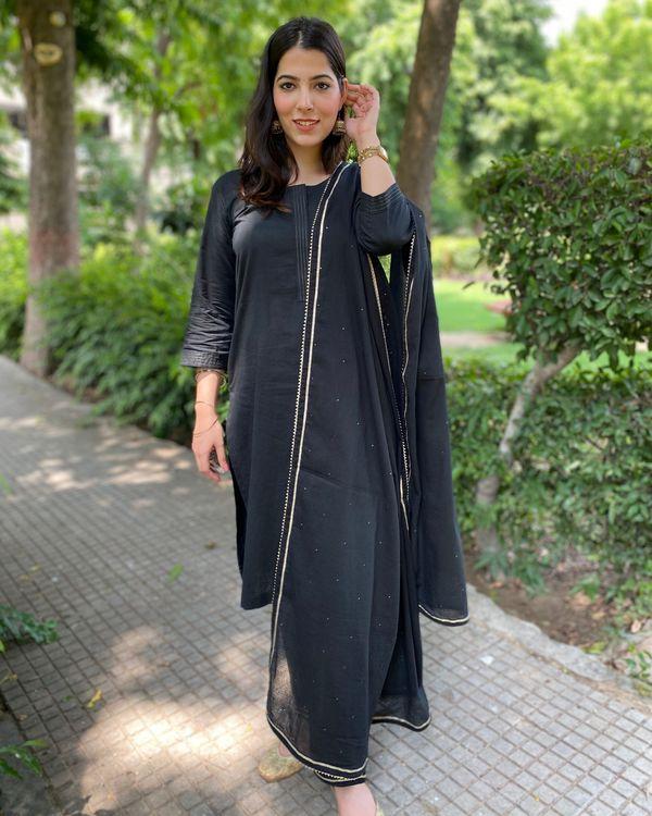 Black cotton kurta and pants with mukaish work dupatta- Set Of Three 2