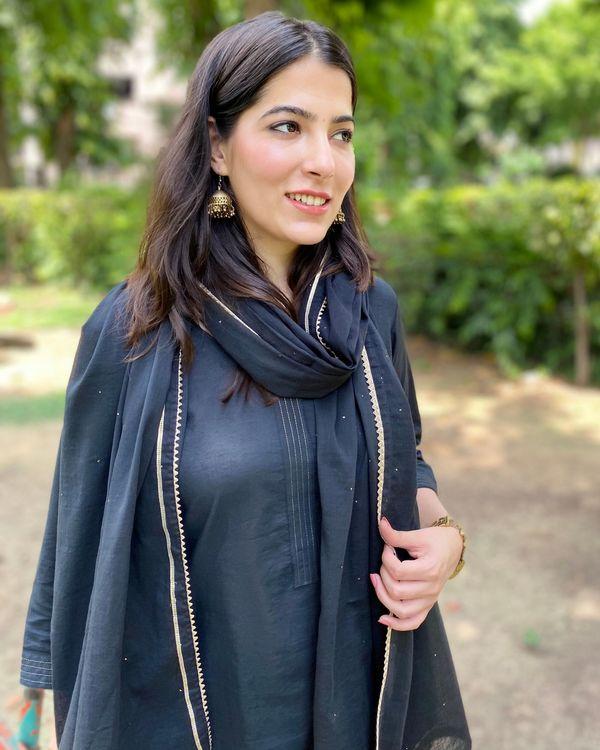 Black cotton kurta and pants with mukaish work dupatta- Set Of Three 1