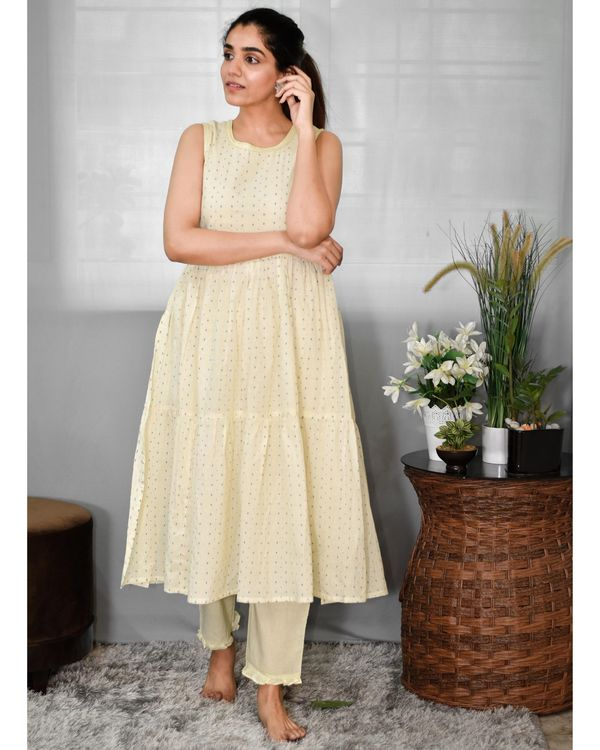 Pastel yellow printed tiered kurta and pants - Set Of Two 2