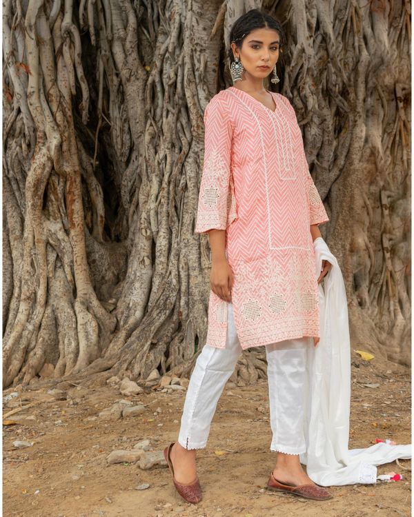 Pink and white zig - zag kurta and pants with dupatta - set of three 2
