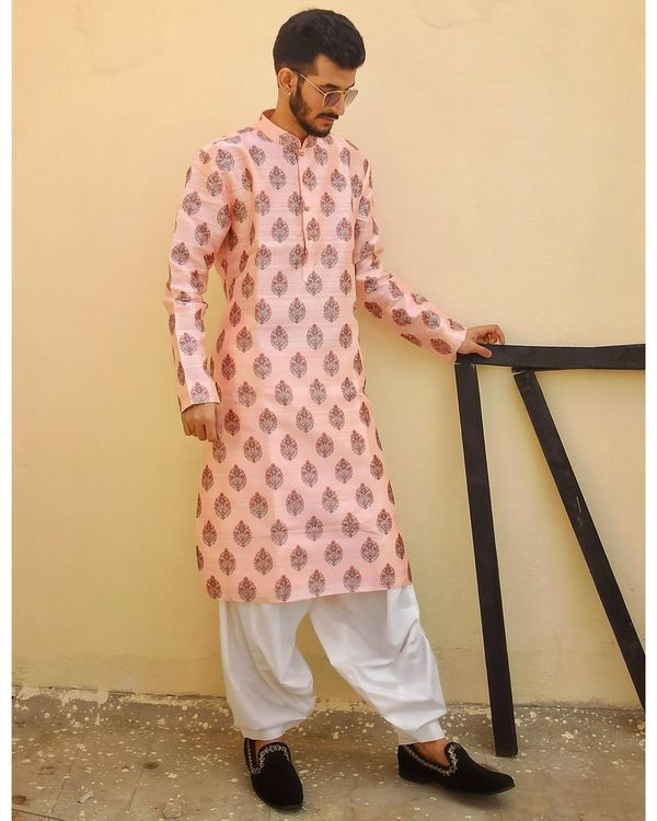 Powder pink jaipuri printed kurta and pyjama - Set Of Two 1