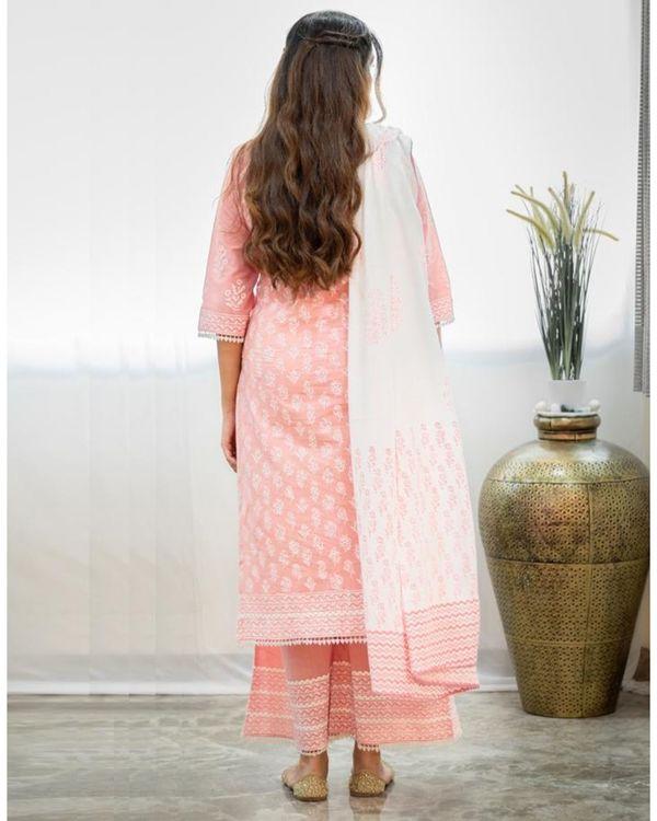 Blush pink khari block printed kurta with palazzo and dupatta - Set Of Three 4