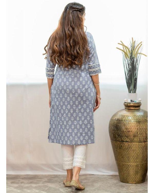 Grey khari block printed kurta with pants and crinkled dupatta - Set Of Three 3